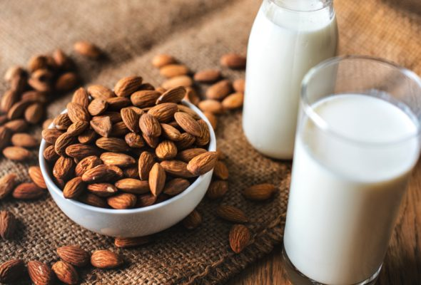 5 Reasons Why You Should Remove Milk from Your Diet